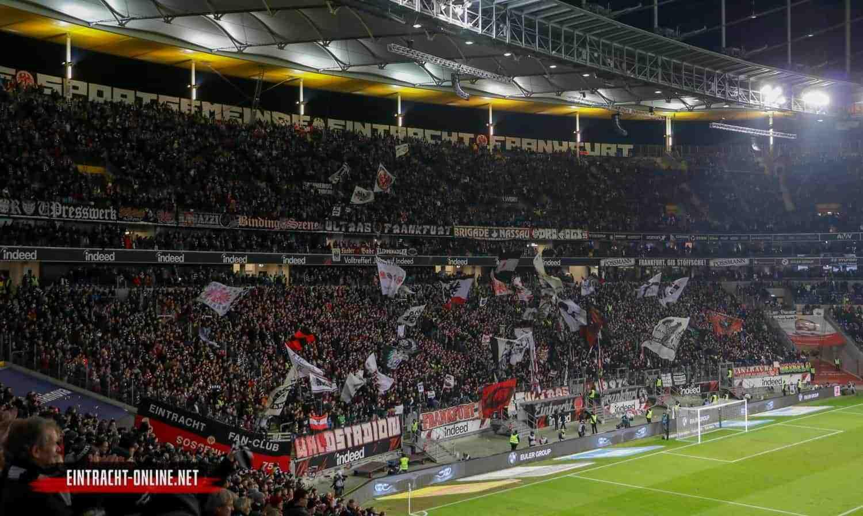 19-20-eintracht-frankfurt-fc-augsburg-18